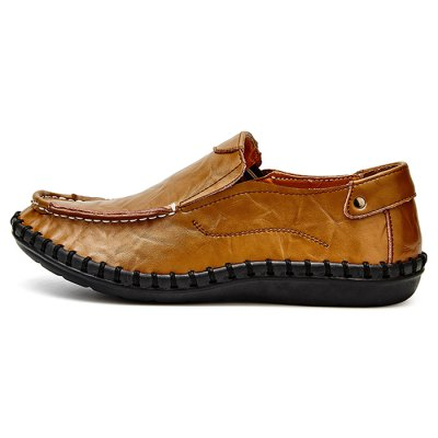 Handcrafted Leisure Leather Shoes for MenCasual Shoes<br>Handcrafted Leisure Leather Shoes for Men<br><br>Closure Type: Slip-On<br>Contents: 1 x Pair of Shoes<br>Materials: Rubber, Genuine Leather<br>Occasion: Running<br>Outsole Material: Rubber<br>Package Size ( L x W x H ): 33.00 x 22.00 x 11.00 cm / 12.99 x 8.66 x 4.33 inches<br>Package Weights: 0.87kg<br>Style: Leisure, Casual<br>Type: Casual Shoes<br>Upper Material: Leather