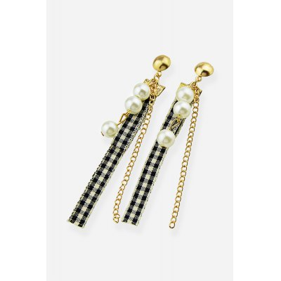Women Alloy Creative Earrings with PearlsEarrings<br>Women Alloy Creative Earrings with Pearls<br><br>Fabric: Alloy<br>Jewelry Silhouette: Stud<br>Occasions: Casual, Party<br>Package Contents: 1 x Pair of Earrings, 1 x Box<br>Package size (L x W x H): 8.40 x 5.00 x 2.40 cm / 3.31 x 1.97 x 0.94 inches<br>Package weight: 0.0400 kg<br>Product weight: 0.0050 kg<br>Style: Fashion<br>Type: Earrings