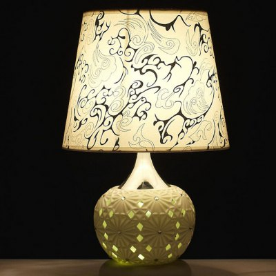 Modern Simple Hollowed-out Style Table Lamp 220V