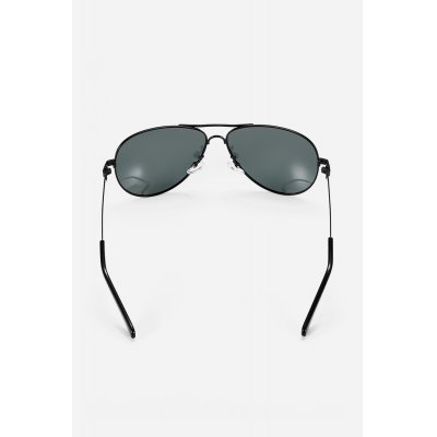 Ultralight Retro Men Polarized GogglesStylish Sunglasses<br>Ultralight Retro Men Polarized Goggles<br><br>For: Motorcycle, Climbing, Cross-country, Cycling, Other Outdoor Activities<br>Frame material: Polycarbonate, Metal<br>Functions: UV Protection, Dustproof, Windproof, Fashion<br>Gender: For Men<br>Glasses width: 142mm<br>Lens height: 48mm<br>Lens material: Resin<br>Lens width: 60mm<br>Package Contents: 1 x Pair of Goggles<br>Package size (L x W x H): 15.00 x 8.00 x 6.00 cm / 5.91 x 3.15 x 2.36 inches<br>Package weight: 0.0370 kg<br>Product weight: 0.0150 kg<br>Type: Fashion Sunglasses