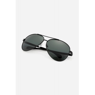Men Ultralight Polarized SunglassesStylish Sunglasses<br>Men Ultralight Polarized Sunglasses<br><br>For: Motorcycle, Other Outdoor Activities, Climbing, Cross-country, Cycling<br>Frame material: Metal<br>Functions: Windproof, UV Protection, Fashion, Dustproof<br>Gender: For Men<br>Lens material: Resin<br>Package Contents: 1 x Pair of Sunglasses<br>Package size (L x W x H): 15.00 x 7.00 x 6.00 cm / 5.91 x 2.76 x 2.36 inches<br>Package weight: 0.0470 kg<br>Product weight: 0.0250 kg<br>Type: Fashion Sunglasses