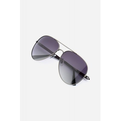 Men Chic Classical Anti Oil SunglassesStylish Sunglasses<br>Men Chic Classical Anti Oil Sunglasses<br><br>Frame material: Acetate, Alloy<br>Gender: For Men<br>Lens material: Resin<br>Package Contents: 1 x Sunglasses, 1 x Sunglasses Box<br>Package size (L x W x H): 18.00 x 10.00 x 5.00 cm / 7.09 x 3.94 x 1.97 inches<br>Package weight: 0.0960 kg<br>Product weight: 0.0240 kg