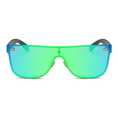 Sports UV400 Unisex SunglassesStylish Sunglasses<br>Sports UV400 Unisex Sunglasses<br><br>Frame material: Metal<br>Functions: UV Protection, Windproof, Dustproof, Fashion<br>Gender: For Unisex<br>Lens material: PC<br>Package Contents: 1 x Sunglasses<br>Package size (L x W x H): 15.00 x 8.00 x 6.00 cm / 5.91 x 3.15 x 2.36 inches<br>Package weight: 0.0900 kg<br>Product weight: 0.0240 kg