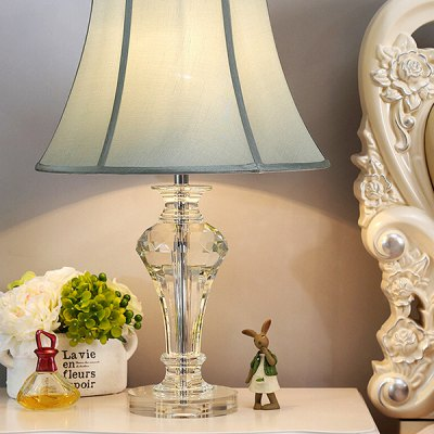 E27 Modern Crystal Bedside Table Lamp 220VTable Lamps<br>E27 Modern Crystal Bedside Table Lamp 220V<br><br>Available Color: Green<br>Bulb Base Type: E27<br>Material: Crystal, Fabric, Hardware<br>Package Contents: 1 x Table Lamp, 1 x Installation Component Kit<br>Package size (L x W x H): 45.00 x 45.00 x 65.00 cm / 17.72 x 17.72 x 25.59 inches<br>Package weight: 5.0500 kg<br>Product size (L x W x H): 35.00 x 35.00 x 55.00 cm / 13.78 x 13.78 x 21.65 inches<br>Product weight: 4.0000 kg<br>Suitable for: Home Decoration, Home use