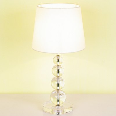 Fashionable Simple Nordic Table Lamp 220V