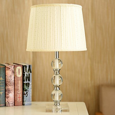 European Dimmable Eye Protection Table Lamp 220V