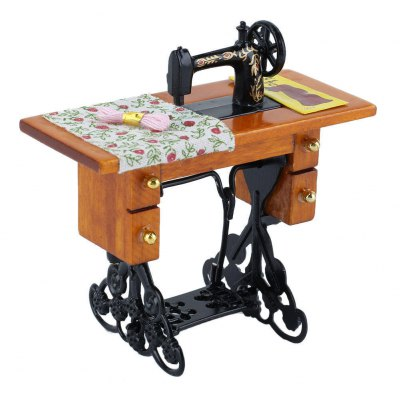 1:12 Scale Doll House Miniature Sewing Machine ToyPretend Play<br>1:12 Scale Doll House Miniature Sewing Machine Toy<br><br>Age: Above 3 Years<br>Material: Alloy, Wood<br>Package Contents: 1 x Dollhouse Sewing Machine Toy<br>Package size (L x W x H): 6.00 x 9.00 x 9.00 cm / 2.36 x 3.54 x 3.54 inches<br>Package weight: 0.0800 kg<br>Product size (L x W x H): 4.40 x 8.00 x 8.00 cm / 1.73 x 3.15 x 3.15 inches<br>Product weight: 0.0460 kg<br>Type: Pretend Play