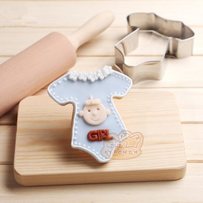 AY - HQ204 Stainless Steel Biscuits Fondant Cake Mold Baby Clothes