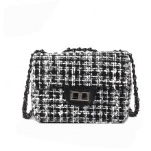 2018 New Handbag Tartan Chain Small Square Bag Lock Womens Diagonal Bag