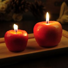 Red apple candles Birthday wedding christmas eve An apple candle in a gift box