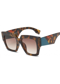 New products gadgets fashion color box sunglasses for lady