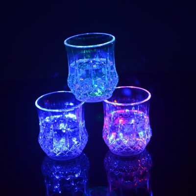 Water Sense Pineapple Drinking Cup Colorful Light Glass LED Bar Party Creative Gifts