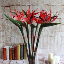 Paradise Bird Home Decoration Is Decorated With Artificial Flowers